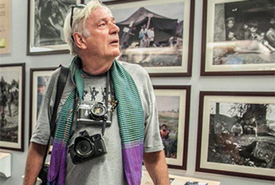 Vietnam War correspondents reunite to honour the fall of Saigon